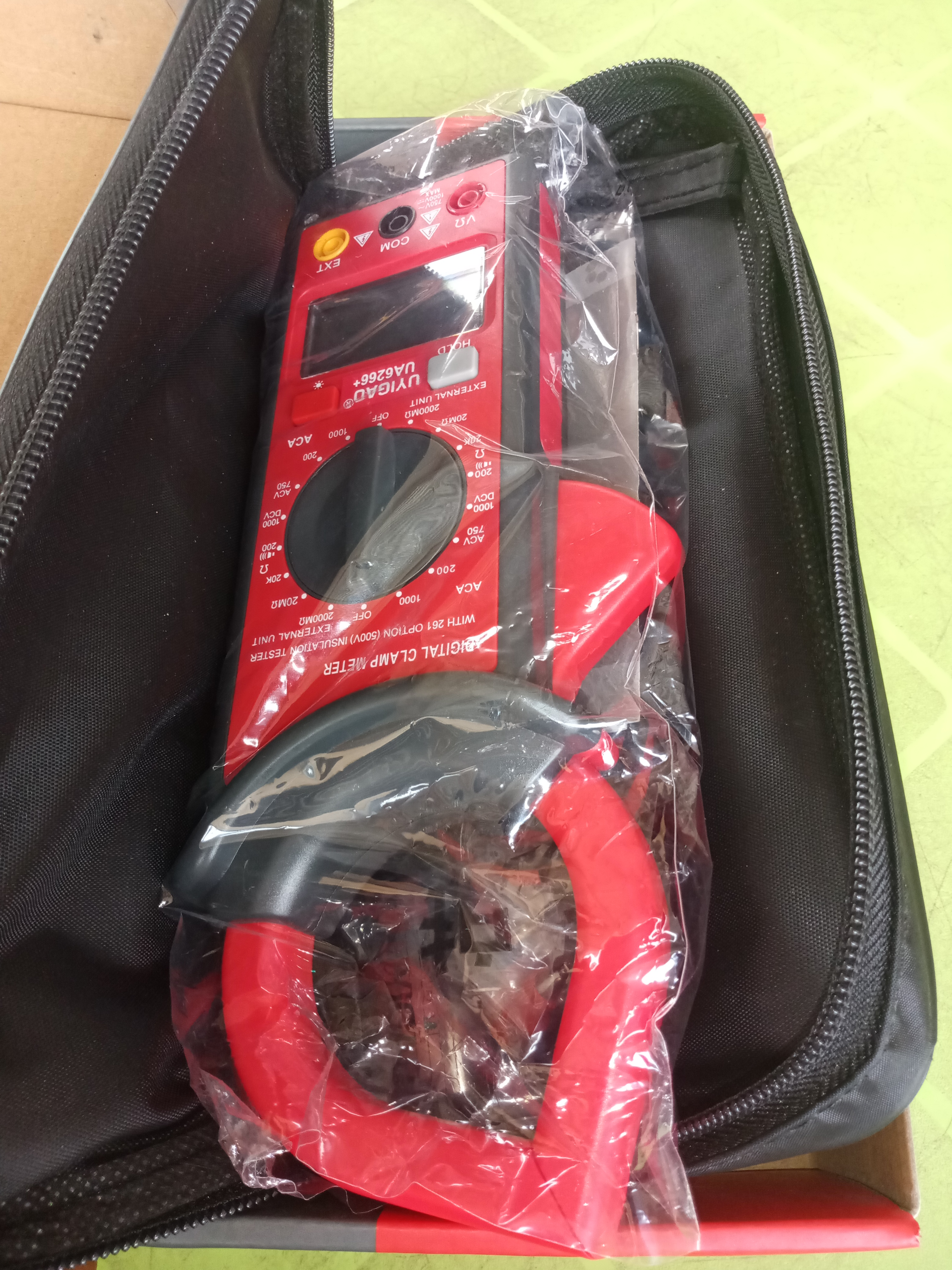 UYIGAO ELECTRICAL CLAMP METRE